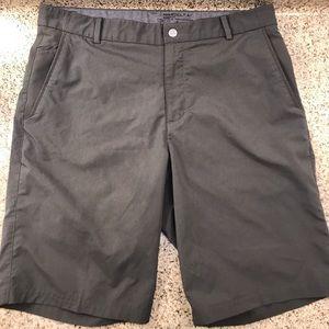 Nike Golf modern fit DRI-fit shorts like-new !